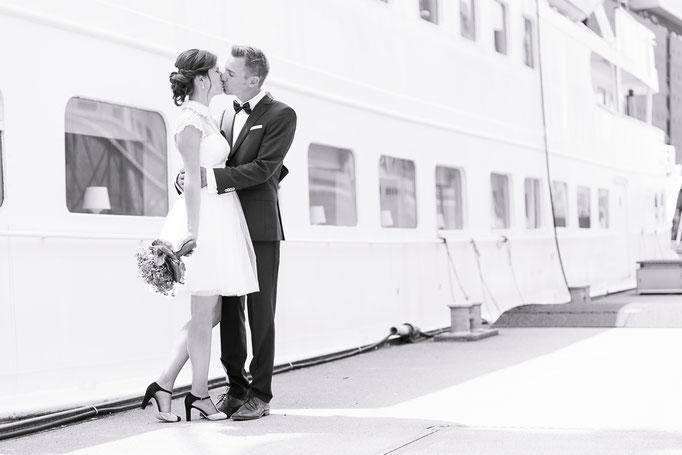 Brautpaar in der Hamburger Hafencity