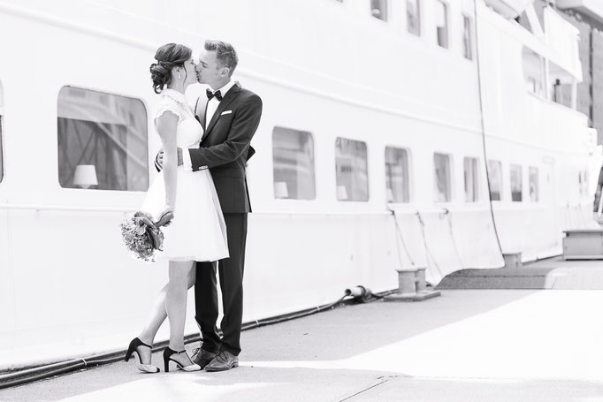 Hochzeitsreportage - Brautpaar in der Hamburger Hafencity