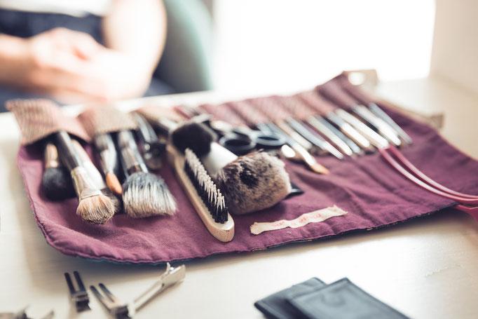 Hochzeitsreportage - Makeup in Arbeit