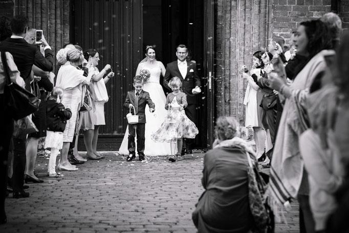 Hochzeitsreportage - Auszug aus der Marienkirche in Lübeck