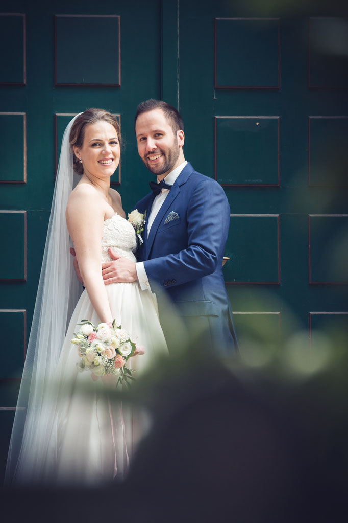 Hochzeitsreportage - Gestellt  mögen wir eigentlich nicht so, aber mit dem Brautpaar ...