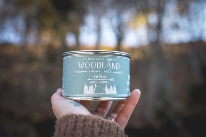 Lavendelduft Soyawachs Kerze in einer wiederverwertbaren Blechdose für das perfekte Vanlive