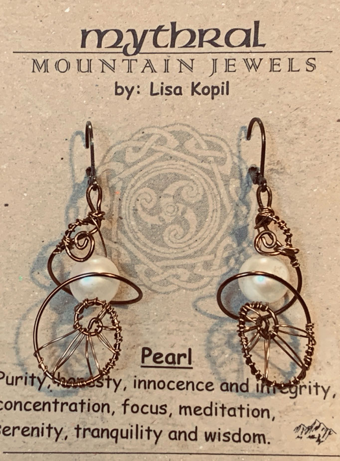 Earrings Gallery 2 Photo 1: Pearl $30