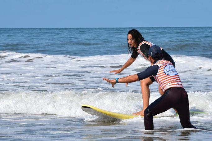 Surf coaching pour Miss France 2019 avec Soulac surf school, à Soulac sur Mer