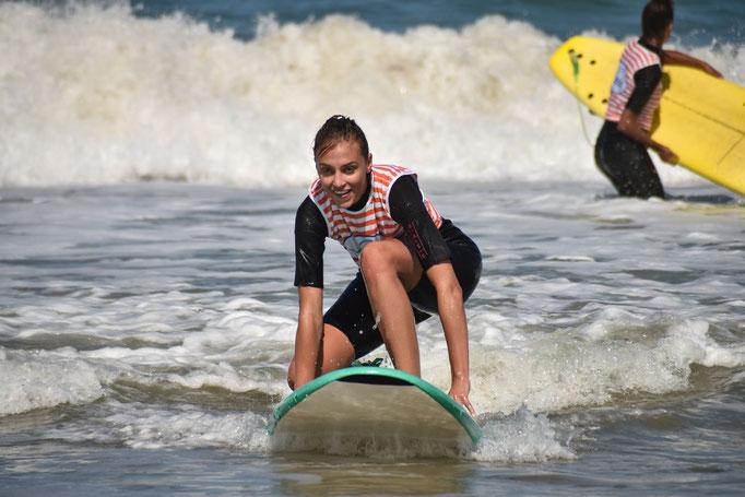 Surf controle parfait pour Miss Provence Alpes Côte d'azur 2018, avec Soulac surf school