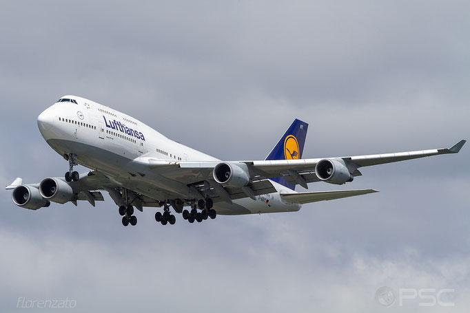 D-ABVT B747-430 28287/1110 Lufthansa - Seattle Tacoma
