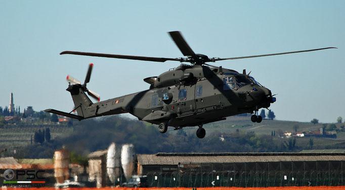 CSX81517 E.I.200 UH-90A @ Aeroporto di Verona 04.2019  © Piti Spotter Club Verona