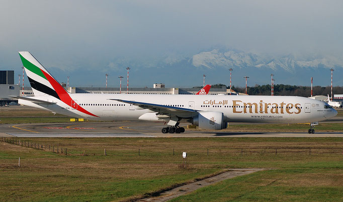 A6-ENL B777-31HER 41370/1130 Emirates @ MXP