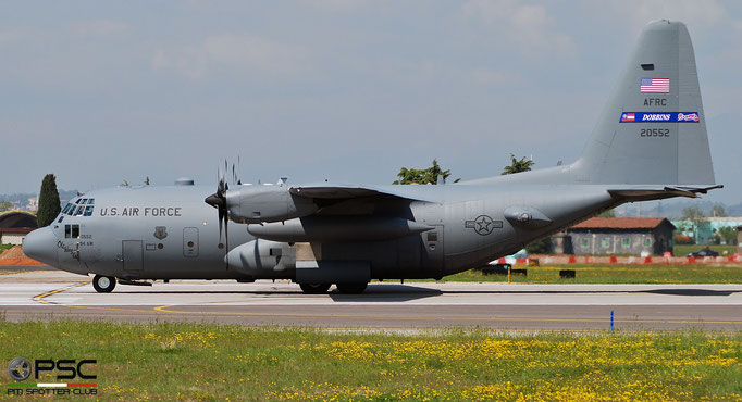 92-0552  C-130H 382-5348 700th AS © Piti Spotter Club Verona