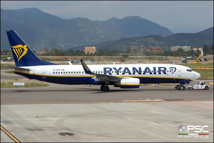 EI-DCM B737-8AS 33807/1578 Ryanair @ BGY