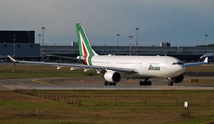 EI-EJM A330-202 1308 Alitalia @ MXP