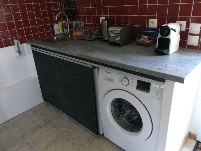 lave-linge (avec sur demande, dosettes lessive offerte)