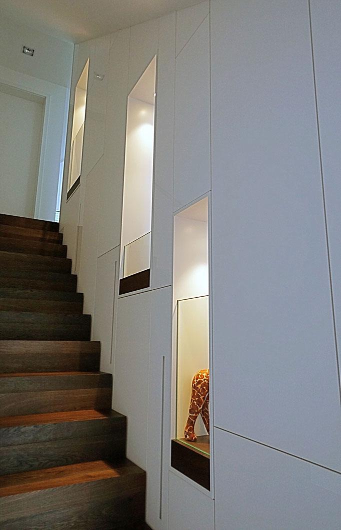 Treppe (Massivholz Mooreiche)