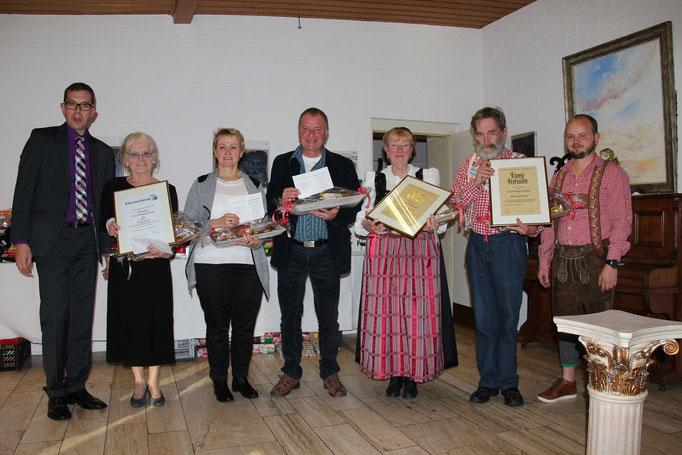 v.l.n.r.: Jürgen Lindner, Erika Kügler, Dorota Zajaczkowska, Krzystof Zajaczkowski, Zäzilia Wenzel, Karl-Heinz Wenzel, Mathias Fischer