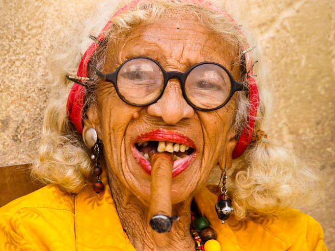alte Frau auf Kuba - Foto: Winfried Rusch