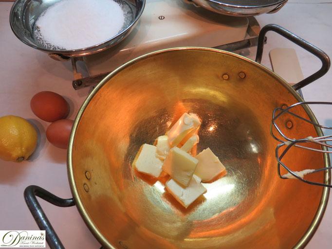 Butter und Salz schaumig rühren