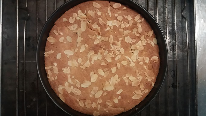 Kuchen goldbraun backen
