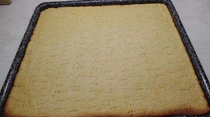 Vorgebackener Mürbeteigkuchen