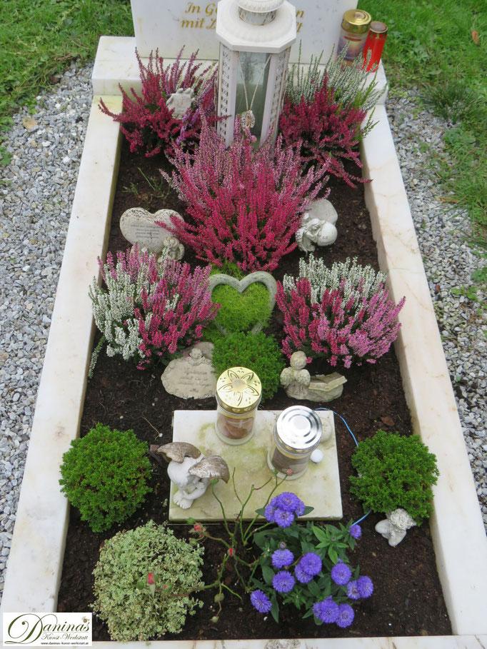 Grabgestaltung und Grabbepflanzung im Herbst pflegeleicht.