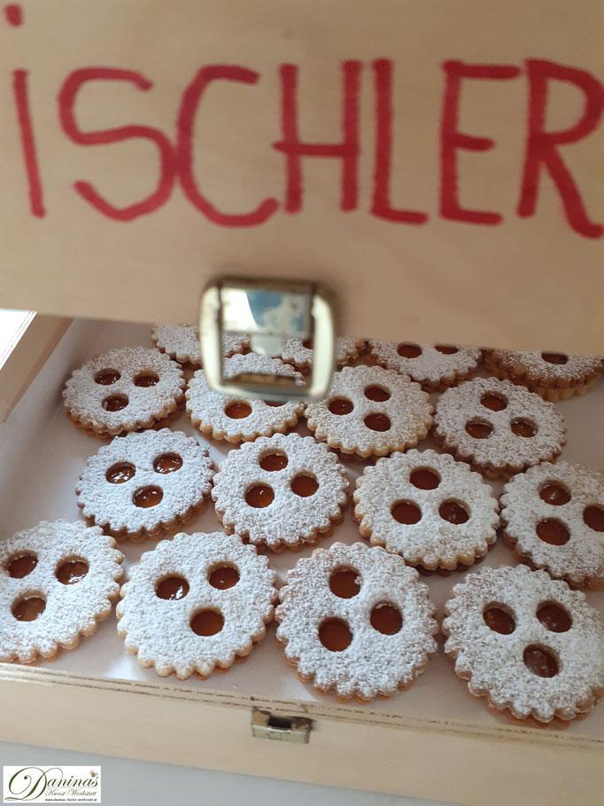 Ischler Kekse in Schachtel aufbewahren