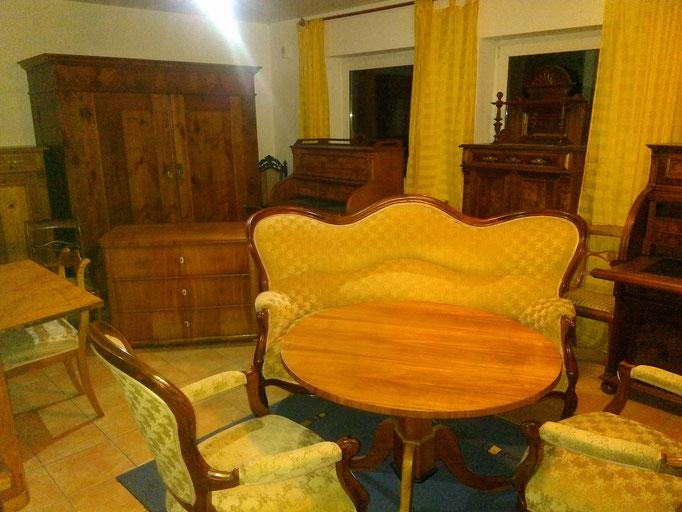Sofa und 2 Sessel Louis Phillipeum 1870  1200€