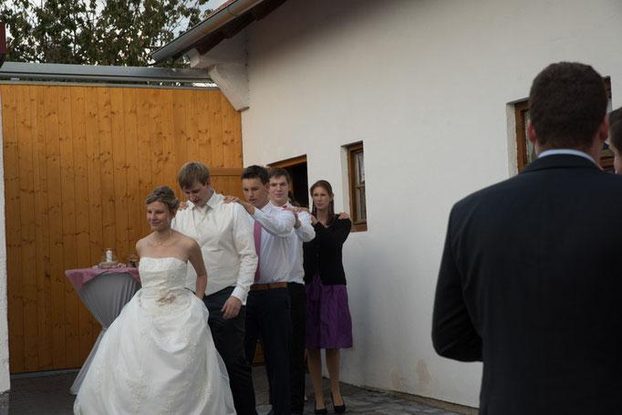 Maisach Hochzeit Feier Unterschweinbach Party Brautverziehn