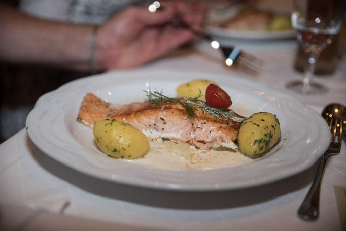Hochzeit Essen Maisach Feier Unterschweinbach