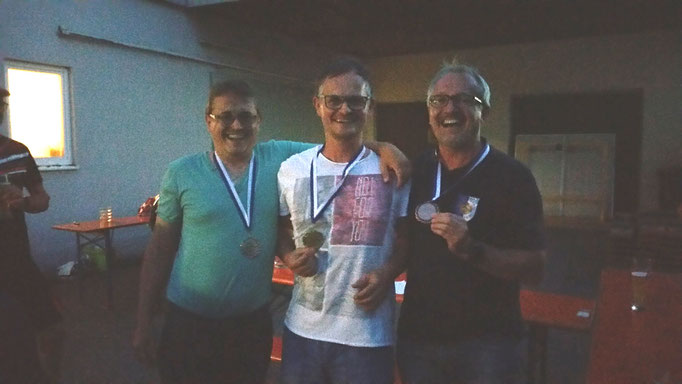 v.l. Mario Kindlinger (2. Platz), Michael Gruber-Eichberger (1. Platz), Klaus Waldenberger (3. Platz)