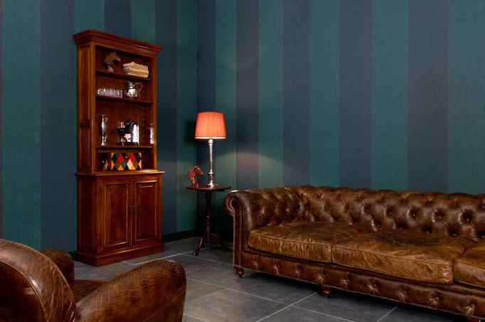 Exklusive Raumausstattung mit moderner Wandgestaltung und Tapete