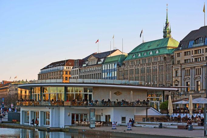 ALEX Alsterpavillon an der Binnenalster (Jungfernstieg)