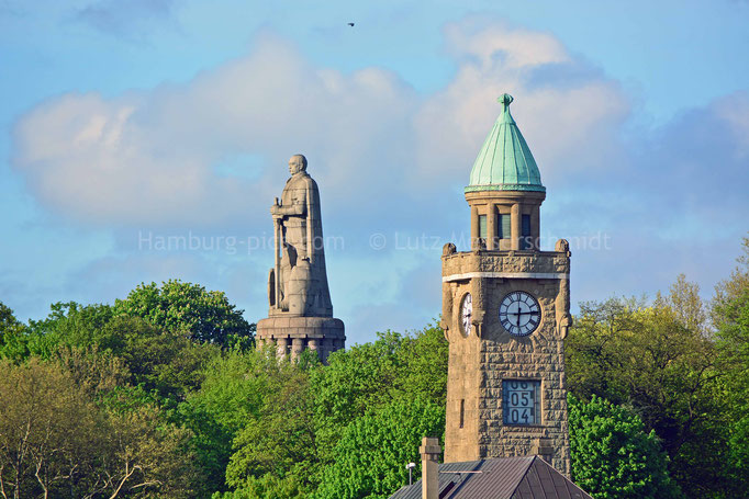 Bismarck-Denkmal u. Uhren-/Pegelturm