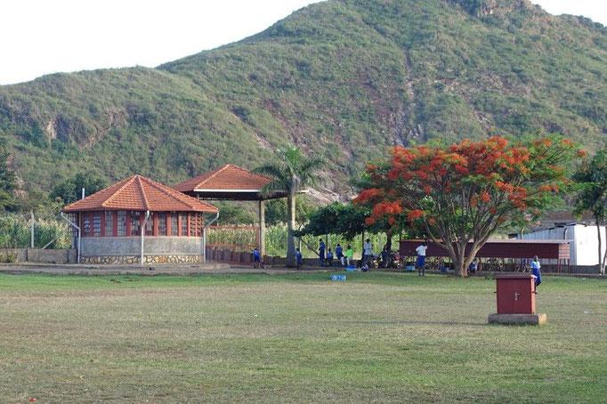 Eingang unserer Schule