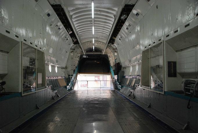 Frachtraum der Antonov