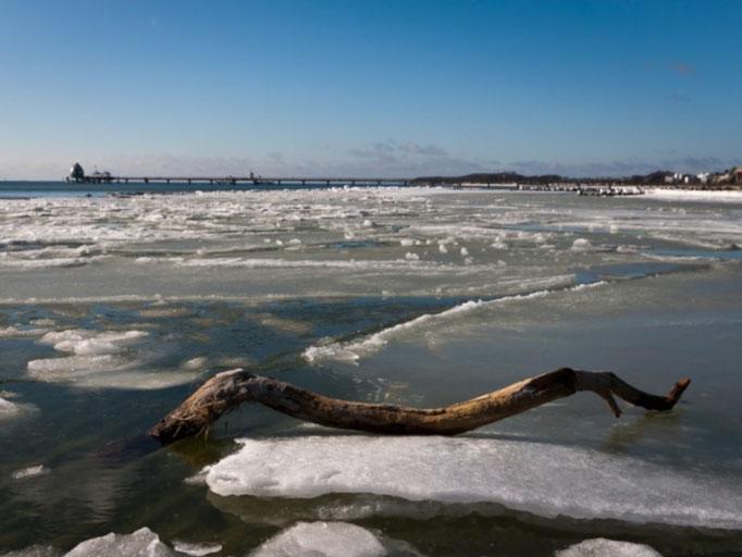 die Ostsee friert