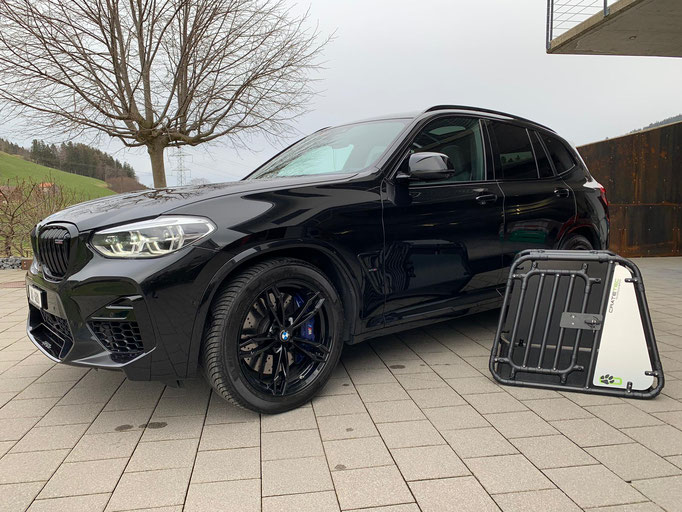 Hundebox +M Black-Steel Edition für BMW X3 M Comp.