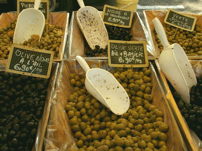 olijven op de markt