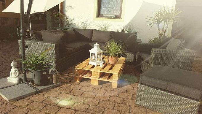 Unsere Lounge im Hof inneren!