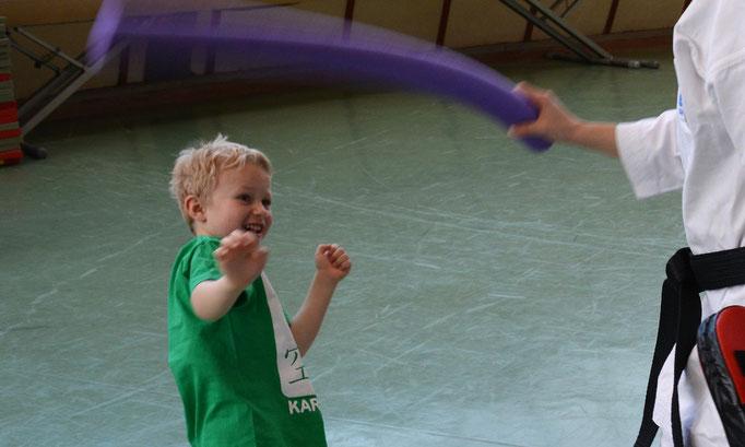 spiererisch kämpferisch Martial Arts für Kinder