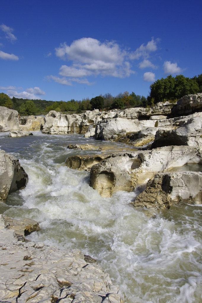 Die Sautadet Wasserfälle, der Cèze Fluss