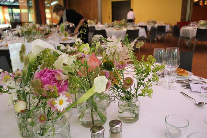 Tischdekoration Hochzeit     Hotel Seerose Meisterschwanden