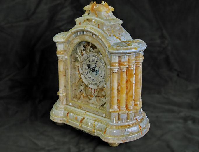 Часы с 8-ю колоннами.2007.