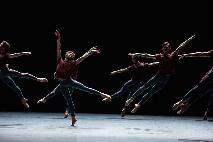 Playlist (Track 1,2) - by William Forsythe, English National Ballet, dancers: Giorgio Garrett and English National Ballet; photo: English National Ballet by Lorent Liotardo
