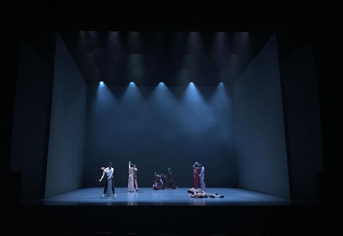 The Male Dancer - by Iván Pérez, Ballet de l'Opéra National de Paris, dancers: cast; photo: anja Ruehl