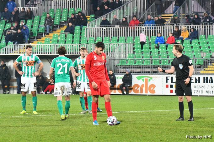 Sinan Bakis trat in der 84 Spielminute zum entscheidenden Elfmeter an und verwandelte diesen routiniert