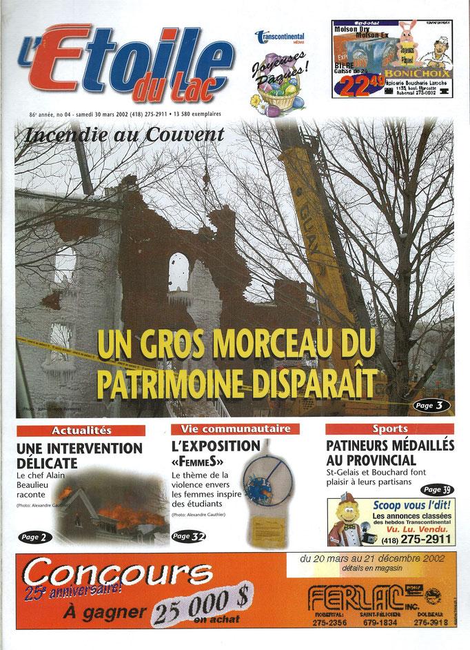 La une du 30 mars 2002 du journal l'Étoile du Lac, incendie au Couvent des Ursulines de Roberval.