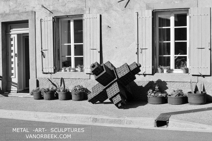"""Rebellion"", 180 x 180 x 180 cm, °2019, 150 kg / vanorbeek David"