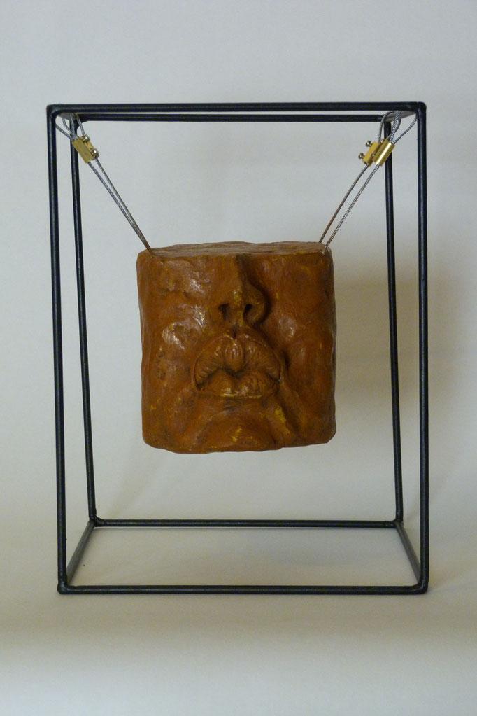 Fragment cubique au baiser 25 xx25 x 33 Béton patiné