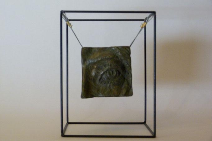 Fragment cubique à l'oeil 25 x25 x 33 Béton patiné