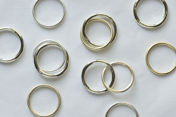 two ring (2連リング) - 左から時計回りに No:OTR-1 素材 SV925 & SV925 ¥16.000 , No:OTR-3 素材 SV925 & K14YG ¥39.000- , No:OTR-2 素材 SV925 & K10YG ¥31.000-