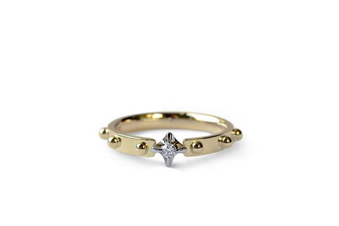 diamond ring  - No:OKR-4 素材 K18YG & K18WG ¥141.350- 文字は入りません
